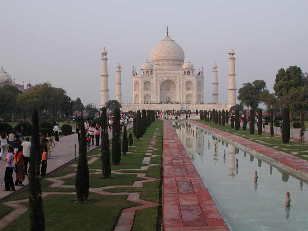 Taj Mahal, Agra © R F Porter